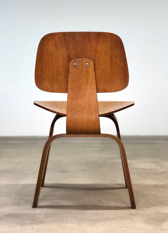 Tremendous Herman Miller Vintage Oak Dcw Chair By Eames Mid Cebtury Pabps2019 Chair Design Images Pabps2019Com