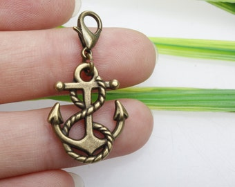 4 Anchor charms antique bronze tone BC32