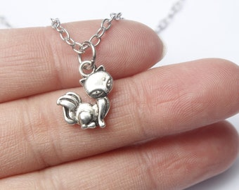 Fox Necklace. Fox Jewelry. Fox Charm. Silver necklace. Fox. Gift for Her. Gift for
