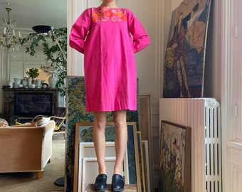 1970s Josefa hot pink mini tent dress, birds & flowers embroideries, long sleeves / small