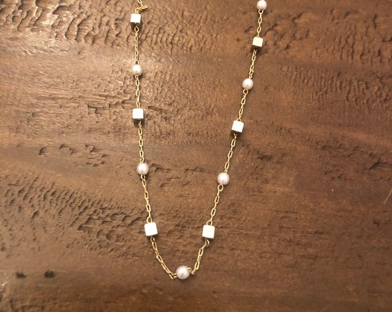 pearl and gold cube chain necklace. pearl choker. dainty necklace. layering necklace