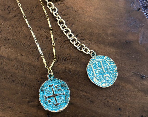 turquoise/green coin pendant necklace