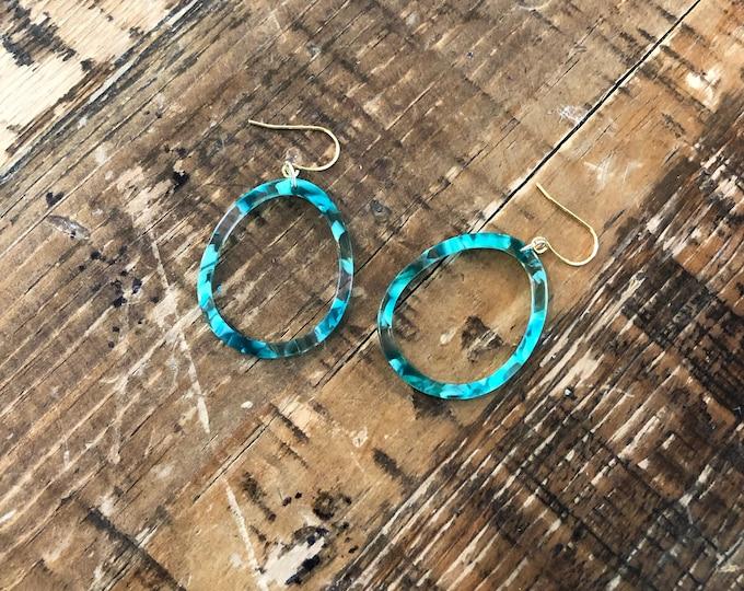 Turquoise Tortoise Shell Hoop. Tortoise Earring. Turquoise Earring. Turquoise Hoop.