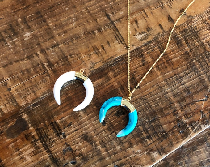 Ox Horn Necklace. Turquoise Horn. White Howlite Horn Necklace.