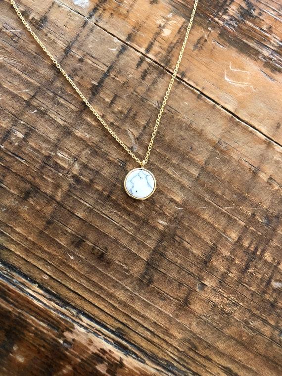 turquoise/white marble round flat pendant necklace