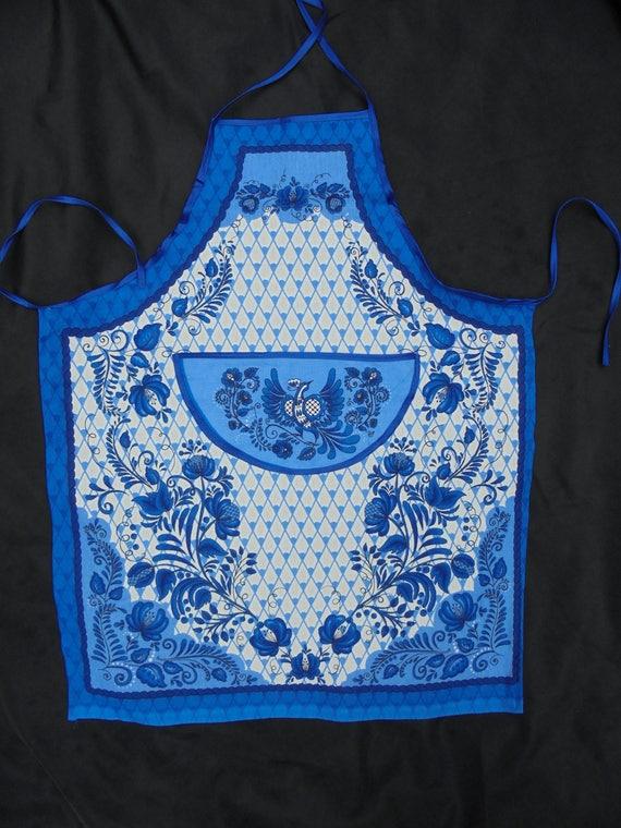 blue willow, kitchen apron, blue white delft motives, blue white