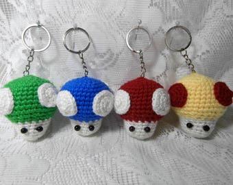 DIY Miniature Crochet Pokeball Keychain Tutorial Pokemon Amigurumi ... | 270x340