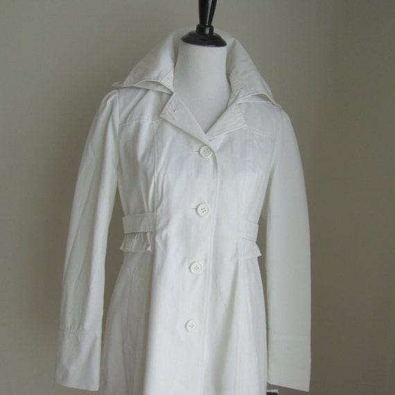 GUESS trench coat with removable button-close hood