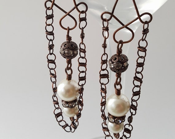 Copper Earrings with handmade chain and vintage 1950s faux pearls