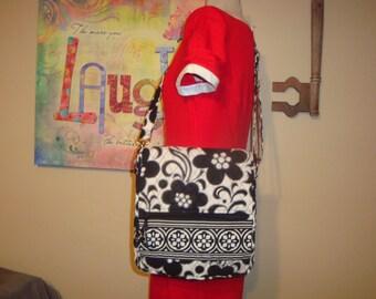 Black and White Vera Bradley Night and Day Cross Body Shoulder Bag