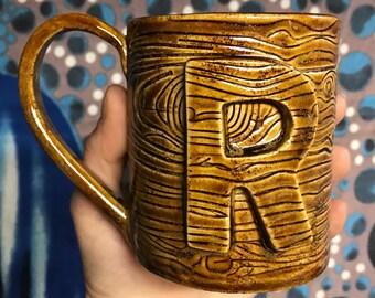 "Ceramic wood grain ""R"" mug"