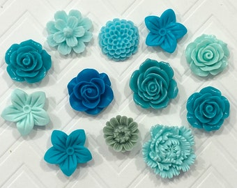 Push Pins or Magnets Set in Shades of Green /& Teal