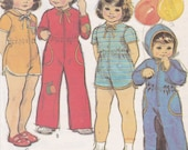 Babies 39 Jumpsuit Pattern Child Size 1 Breast Chest 20 quot Waist 19.5 quot Front Zipper Hooded Romper or Jumpsuit McCall 39 s Sewing Pattern 6462 Uncut