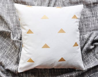 Triangles Cushion Cover, Throw Pillow Cover, Throw Cushion Cover, Decorative Cushion Cover, Decorative Pillow Cover - White & Gold
