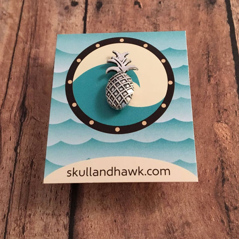 Tropical Jewelry -Fruit Lover Gift Men/'s Fashion Silver Tone Suit Jacket Accessories Pineapple Lapel Pin  Tie Tack