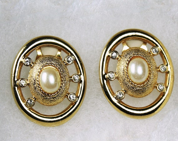Paolo Clip-On Earrings, Faux Pearl, Signed, Gold Tone, Costume Jewelry, Collectible