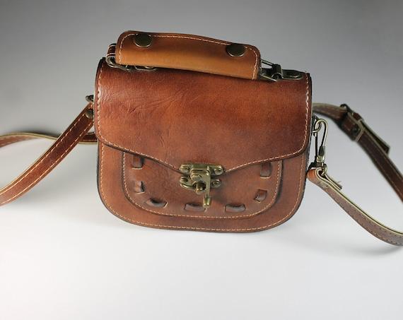 Brown Leather Saddle Bag, Shoulder Bag, Top Handle, Brass Hardware, Hinge Lock Closure