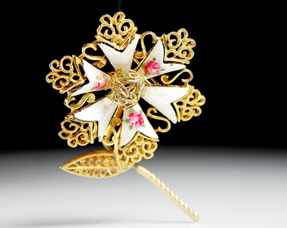 Guilloche Enamel Flower Brooch, Gold Tone, Locking C Clasp, Fashion Pin, Costume Jewelry, Collectible
