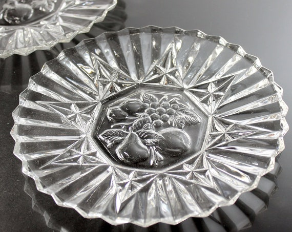 Luncheon Plates, Federal Glass, Pioneer Pattern, Fruit Center Design, Clear Glass, Set of 2