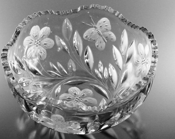 Pairpoint American Brilliant Bowl, Murillo, Antique Crystal, Butterflies and Flowers, Wheel Cut, Cut Glass, Clear Glass