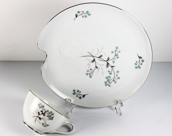 Snack Plates and Cups, Fine Bone China, Set of 4, Floral Pattern, Platinum Trim