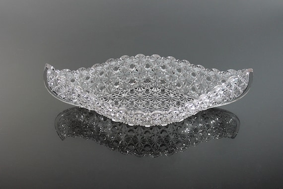 Canoe Shaped Bowl, L G Wright Glass, Daisy and Button Pattern, Pressed Glass, Serving Bowl, Candy Dish, Trinket Dish, Vanity Dish