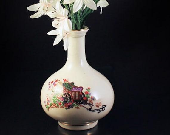 Japanese Bud Vase, Cream Colored, Wagon Design, Floral, Oriental Decor, Gold Trim, Collectible, Home Decor