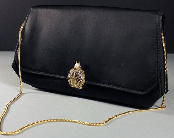 Black Handbag, Rhinestone and Pearl Ladybug Closure, Chain Handle, Faux Pearl, 1950s, Clutch Purse