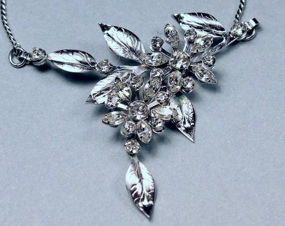 Clear Rhinestone Necklace, Silver Leaf and Flower Design, Prong Set Stones, Silver Tone, Spring Ring Closure