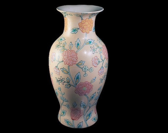 Macau Table Vase, Hand Painted, Floral, Chinese Porcelain, Pink Beige
