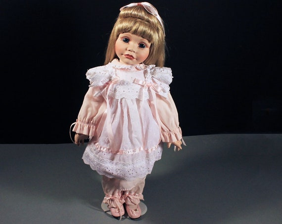 Heritage Porcelain Doll, Heather, Hamilton Collection, Joke Grobben, Pink Outfit with White Eyelet Trim, Hand Painted, New In Box