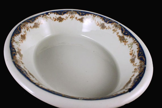 Oval Serving Bowl Maddock's Trenton China Made especially for Hotel Bretton Hall NYC