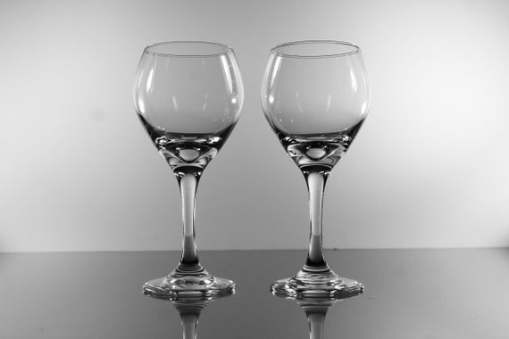 Libbey Wine Glasses, Perception Clear, Set of 2, Barware