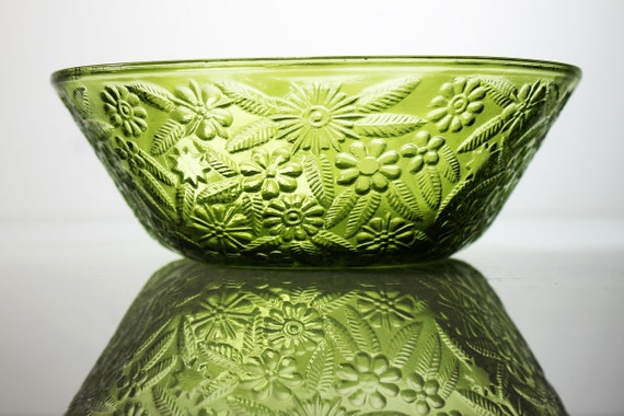 Indiana Glass Salad Bowl, Pineapple & Floral, Green Depression Glass, Pressed Glass, 7 Inches