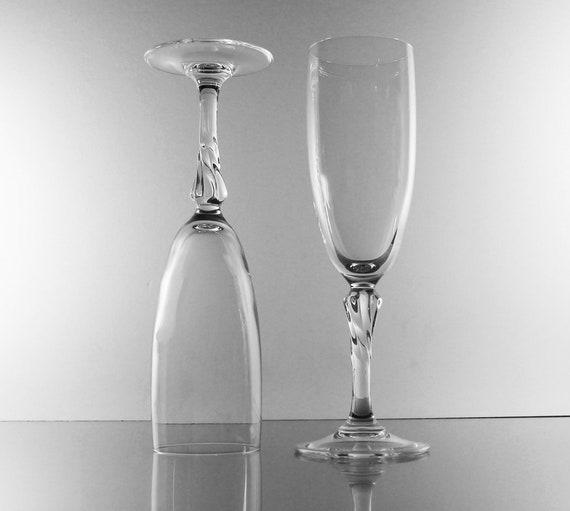 Crystal Champagne Flutes, Twisted Stem, Set of 2, Toasting Glasses,  Stemware, Barware, Wedding Glasses