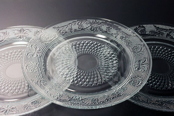 FNG Indonesia Salad Plates, Sandwich Glass, Flur De Lis, Dessert Plates, Pressed Glass, Clear Glass, Set of Three