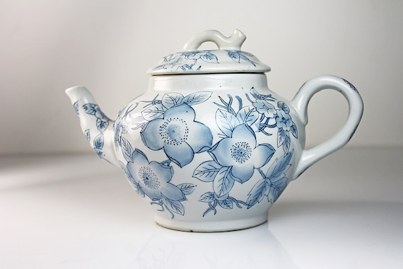 Chinese Teapot, Blue Floral, Made in China, Blue and White, Porcelain, Two Cup