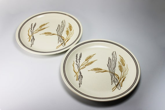 Dinner Plates, Roycraft China, Wheat Pattern, Set of 2, Stoneware