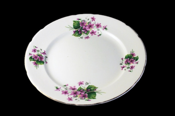 Luncheon Plate, Crownford, Violets, Fine China, Made in England, Bone China, Gold Trimmed
