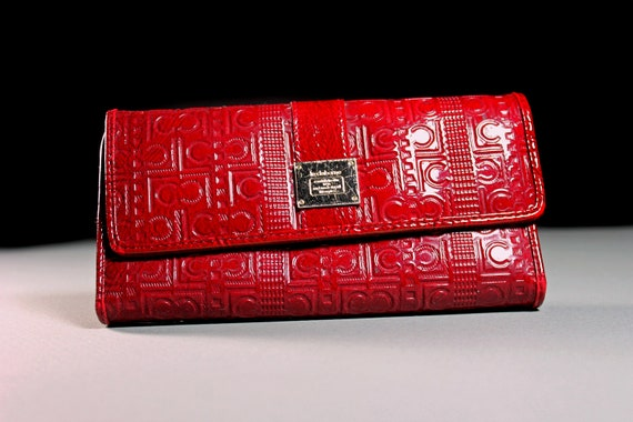 Liz Claiborne Trifold Wallet, Woman's Wallet, Dark Red, Zippered Side Pocket, Snap Closure, 15 Card Tabs