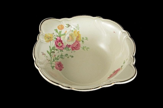 Lugged Cereal Bowl, TST Taylor Smith Taylor, Ivory, Floral, Gold Trimmed