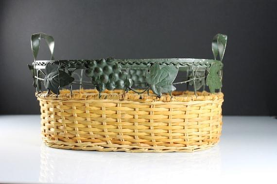 Metal and Wicker Basket, Grapevine Design, Fruit Basket, Storage Basket, Home Decor, Farmhouse Decor