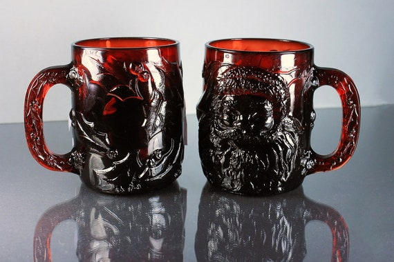 Arcoroc Santa Mugs, Dark Red, Embossed Holiday Mugs, Set of 2, Original Box, Christmas Mugs