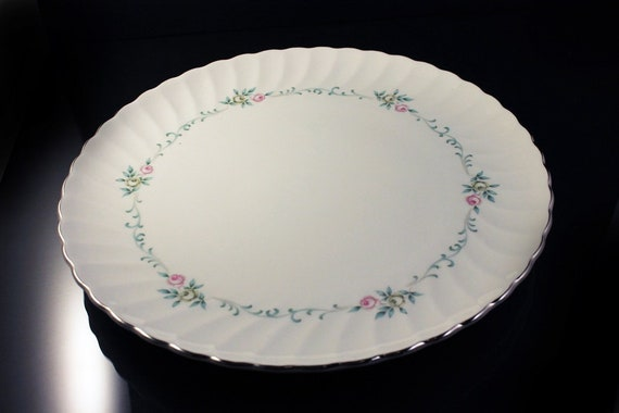 Dinner Plates, Syracuse, Silhouette, Sweetheart, Pink and Gray Roses, Aqua Scrolls, Set of 2, Fine China