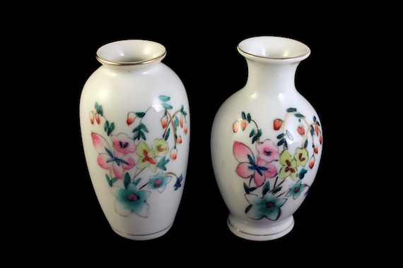 Miniature Vases, Small Vase, Porcelain, Floral Design, Set of 2, Gold Trim, Bud Vase