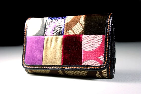 Patchwork Trifold Wallet, Woman's Wallet, Multicolored, Zippered Side Pocket,  Magnetic Closure,  12 Card Tabs