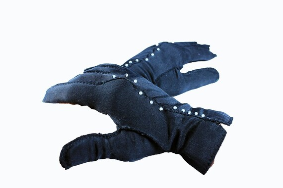Black Ladies Gloves, Selecta, Double Woven, Nylon, Size 6 1/2, Small, Beaded Gloves, Women's Accessory