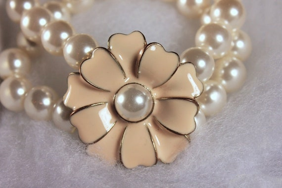 Faux Pearl Stretch Bracelet, Double Strand, Flower Focal, White Pearls,  Pink Flower, Costume Jewelry, Collectible, Wedding, Woman's Gift