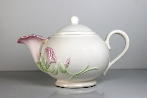 Morning Glory Teapot, Teleflora Giftware, 4 Cup, Classic Shape, Collectible