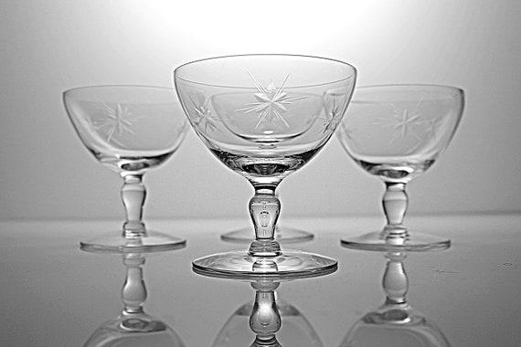 Star Cut Champagne Glasses, Susquehanna Glass, Six Point Star, Set of Four, Barware